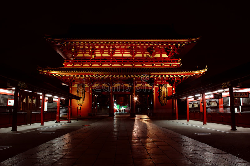 temple de sensoji de nuit images libres de droits
