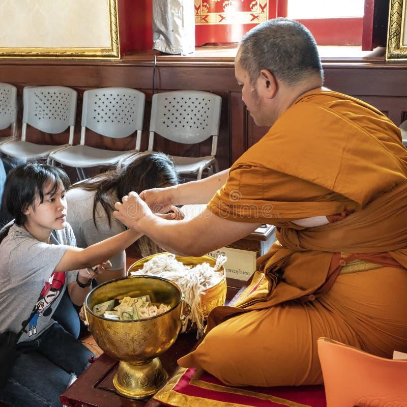 Temple de Wat Arun Ratchawararam à Bangkok photos libres de droits