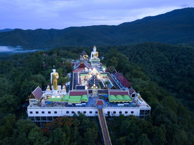 Temple de Wat Doi Kham de vue aérienne en Chiang Mai, Thaïlande image stock