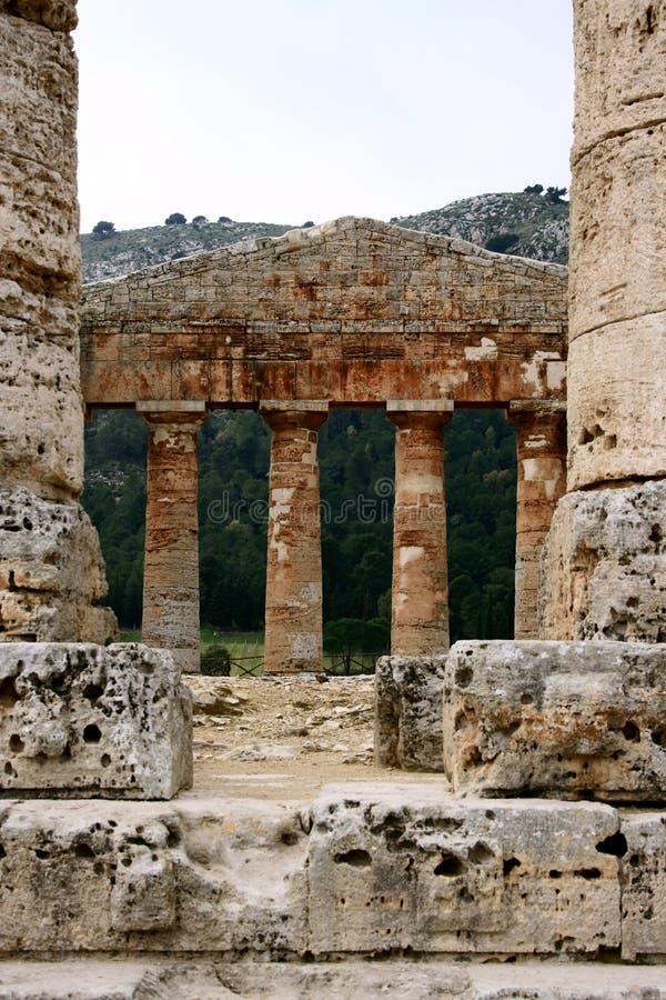 Temple du grec ancien. Groupe. image stock