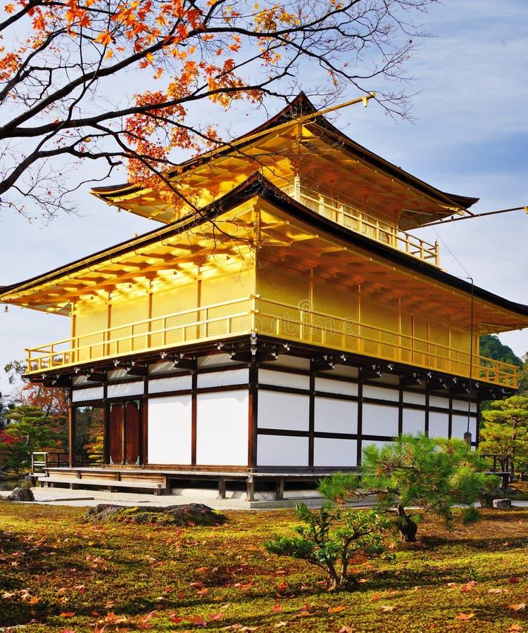 Temple du pavillon d'or image stock