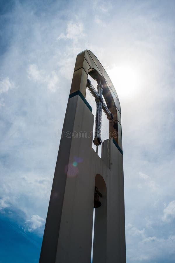 Temple en l'honneur de la mère du ` de Bush brûlant de ` de Dieu dans la ville de Dyadkovo, région de Bryansk de la Russie photos libres de droits