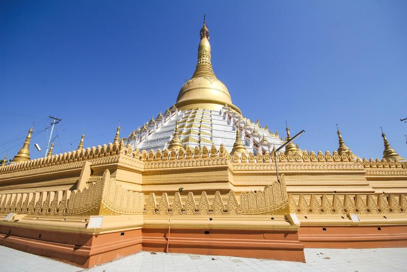 Temple et pagoda dans Bago, Myanmar photos stock