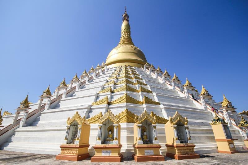 Temple et pagoda dans Bago, Myanmar photographie stock
