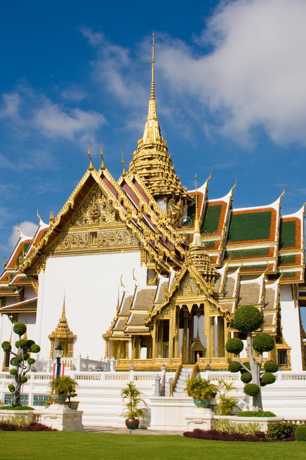 Download The Temple In The Grand Palace A Stock Photo - Image: 11558320