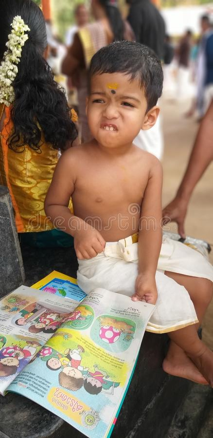 Temple inattendu de pisharikav de clic d'enfance du Kerala images libres de droits