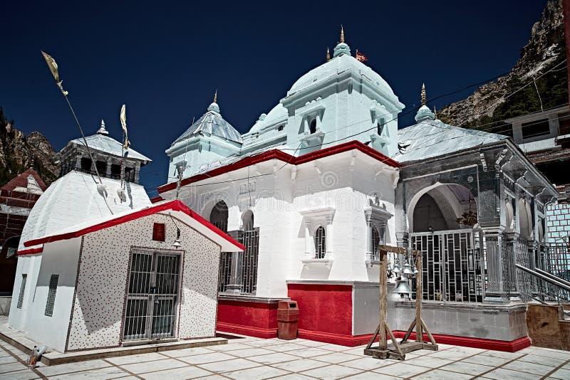 Temple indien lapidé par blanc dans Gangotri images stock