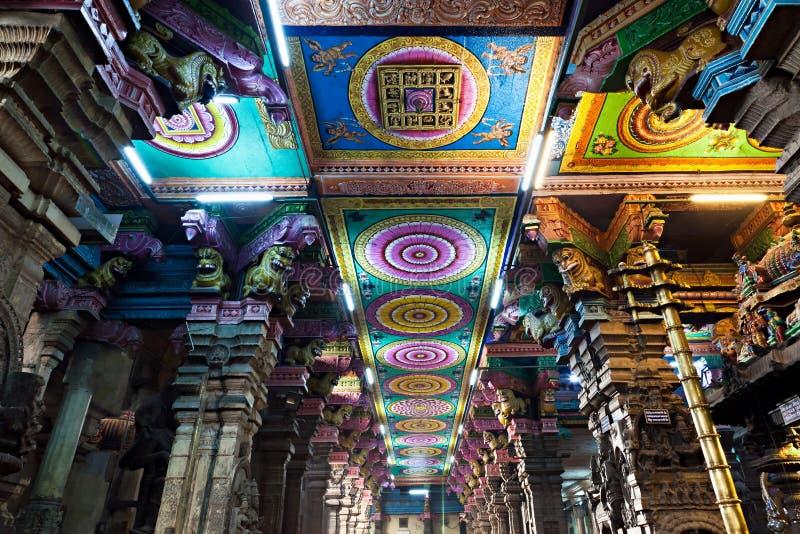 Temple intérieur de Meenakshi image stock