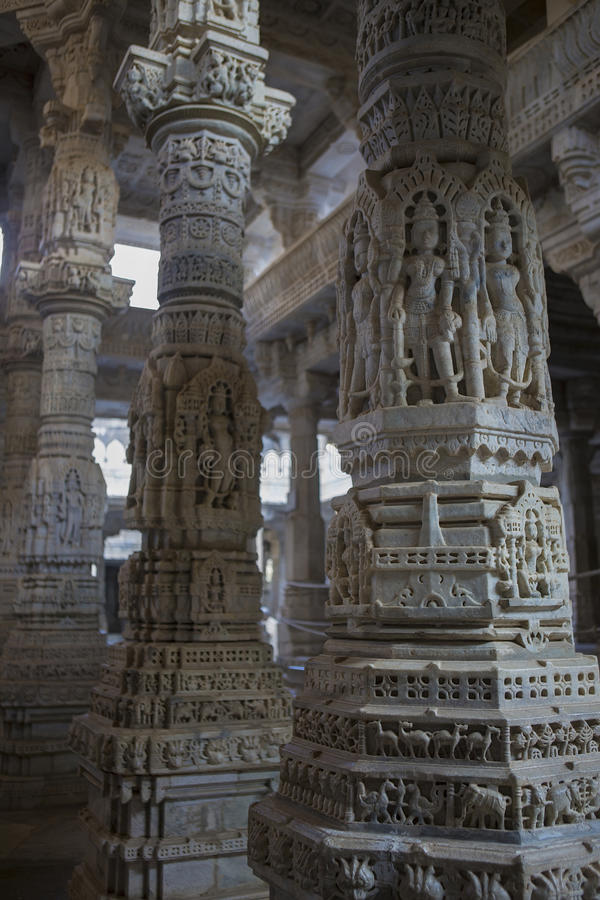 Temple Jain dans Ranakpur, Inde, Ràjasthàn Chaumukha Mandir photos libres de droits