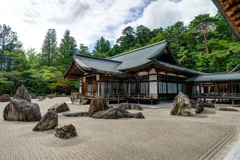 Temple japonais traditionnel de construction de logements de temple de Kongobuji avec image stock