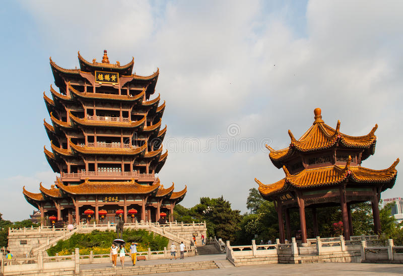 Temple jaune de Crane Tower en Chine photos libres de droits