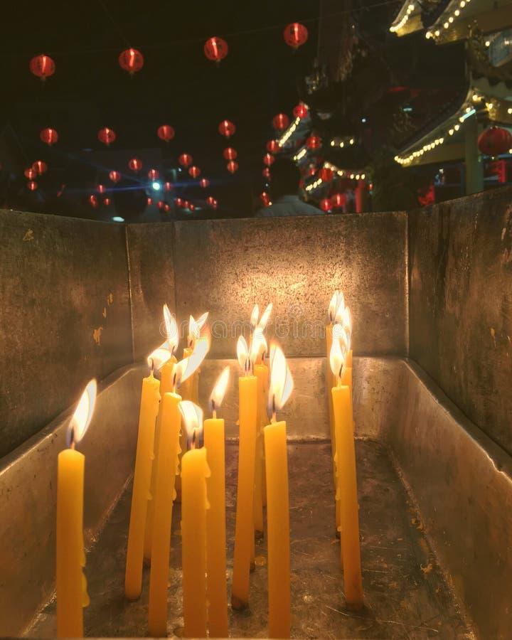 Temple léger du feu photographie stock libre de droits