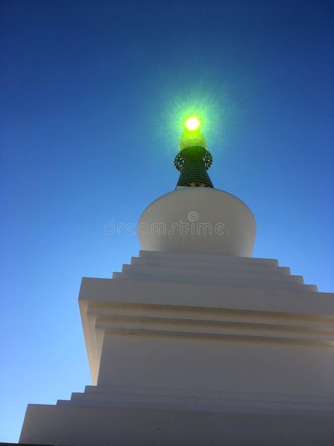 Temple magique Crystal Ball de feu vert photo stock