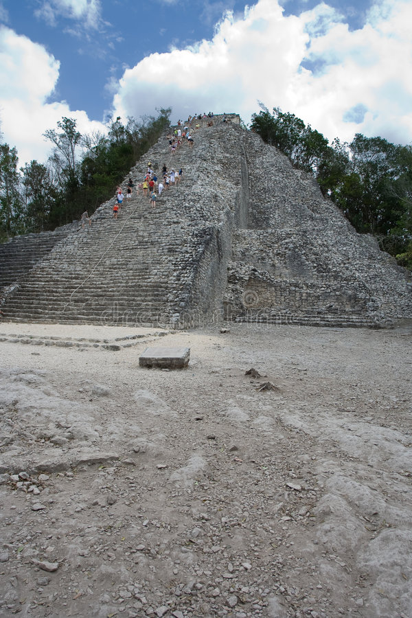 Temple maya de Coba photos libres de droits