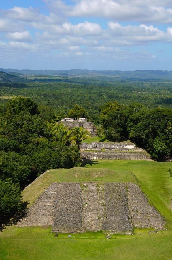 Temple maya de Xunantunich Belize image stock