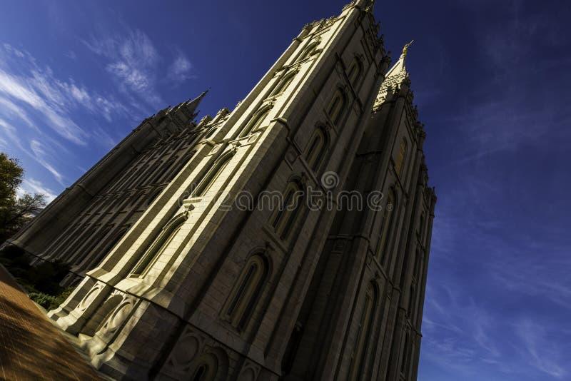Temple mormon pendant le ressort photo libre de droits