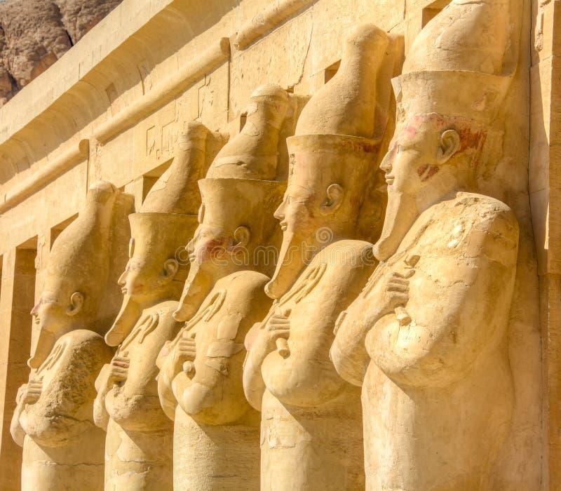 Temple mortuaire de Hatshepsut, Louxor, Egypte images stock