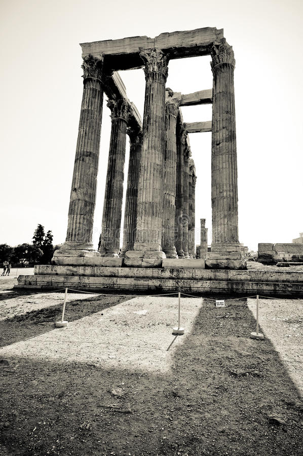 Download The Temple Of Olympian Zeus, Athens Stock Image - Image: 19526567