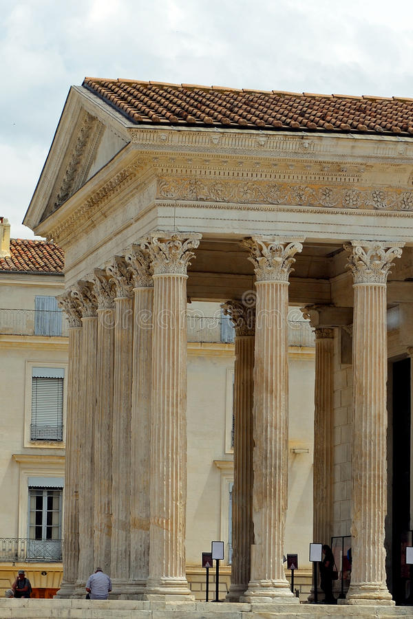 Temple romain, Nîmes, France photos libres de droits