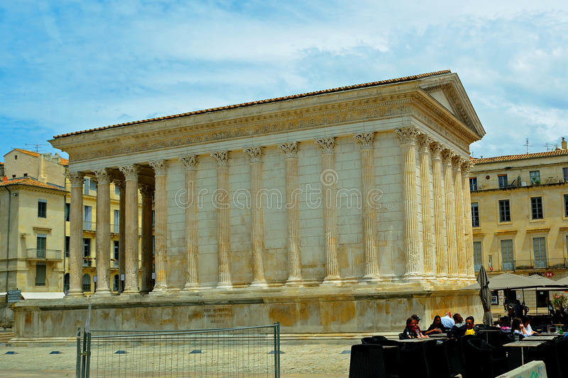 Temple romain, Nîmes, France image stock