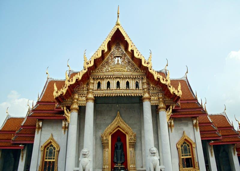 Download Temple thaï image stock. Image du élégant, religieux, marbre - 731275