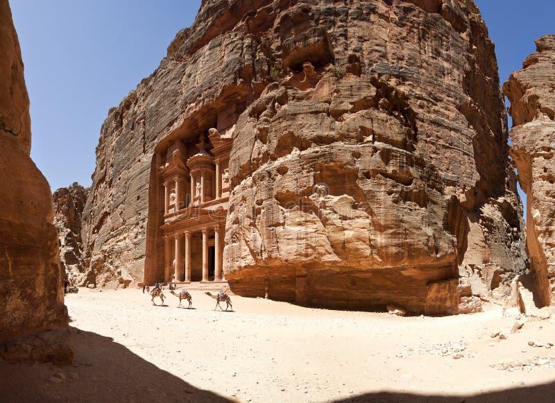 The temple treasury of Petra. (the Khazneh royalty free stock photos