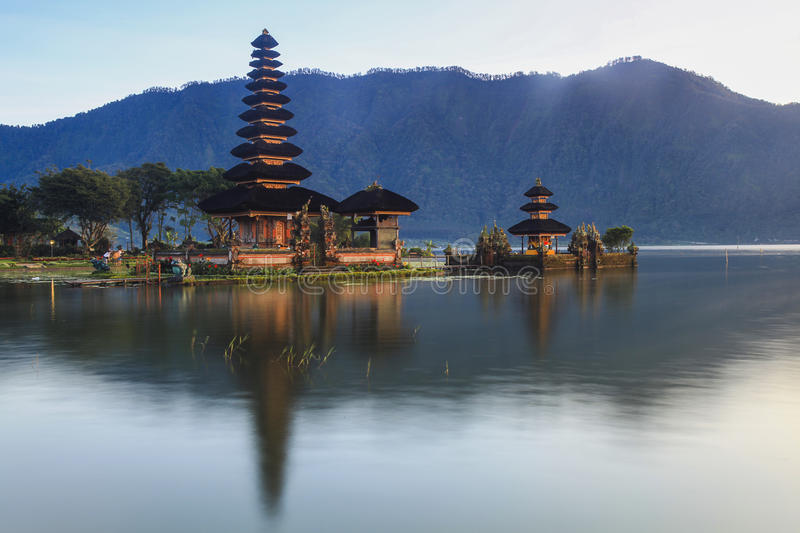 Download Temple Ulun Danu Bali stock photo. Image of asia, prayer - 33776272