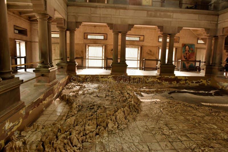Temple Varanasi d'Inde de mère photo libre de droits