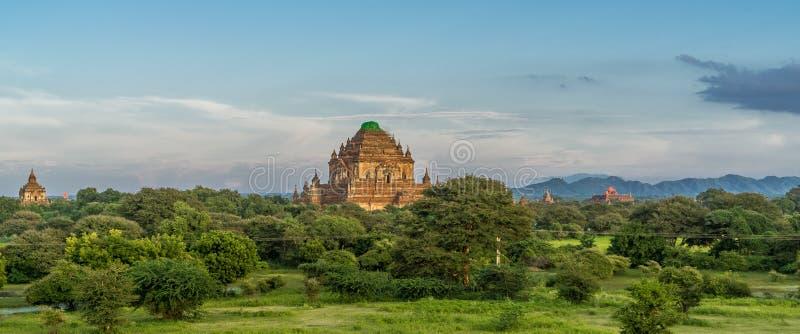 Temples antiques dans Myanmar photo libre de droits