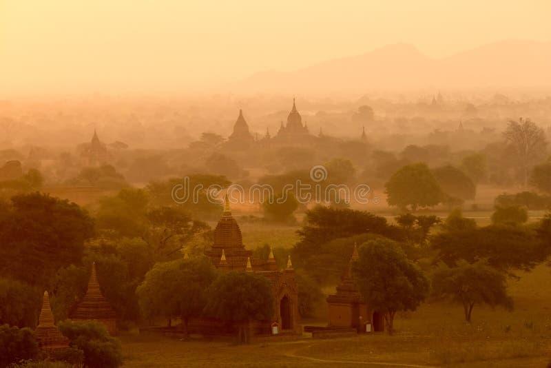 Temples bouddhistes dans Bagan, Myanmar image libre de droits