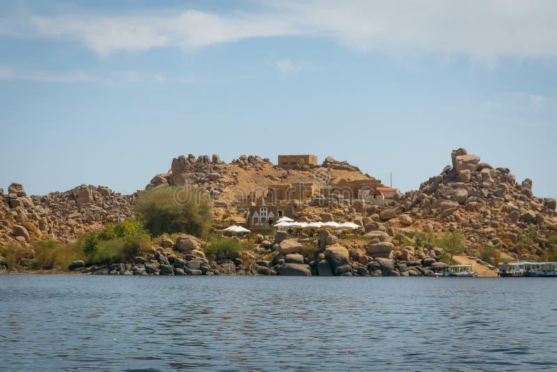Temples de dossier sur l'îlot d'Agilkia image stock