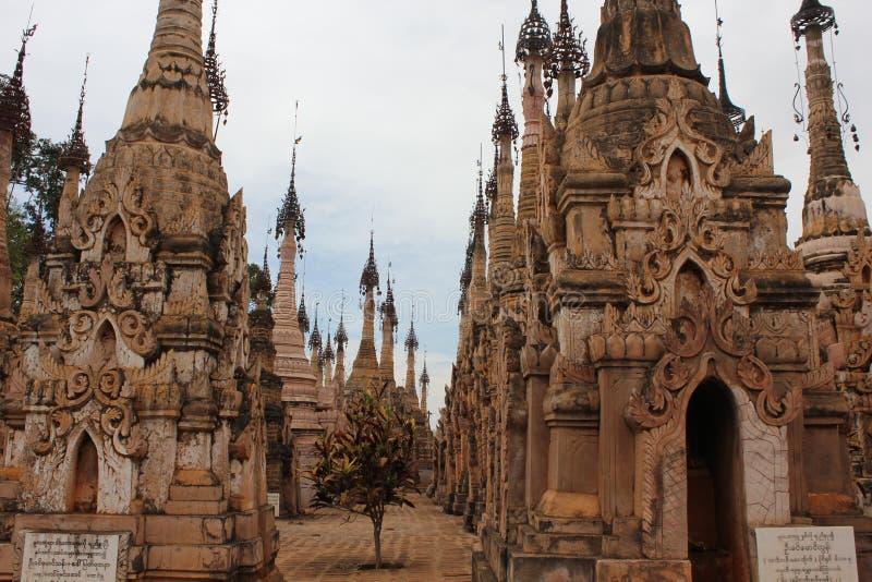 Temples de Kakku, Myanmar photographie stock libre de droits