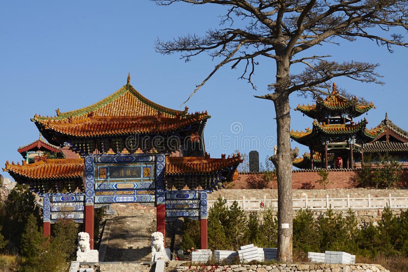 Temples and decorated archways in Hengshan Mountain royalty free stock images