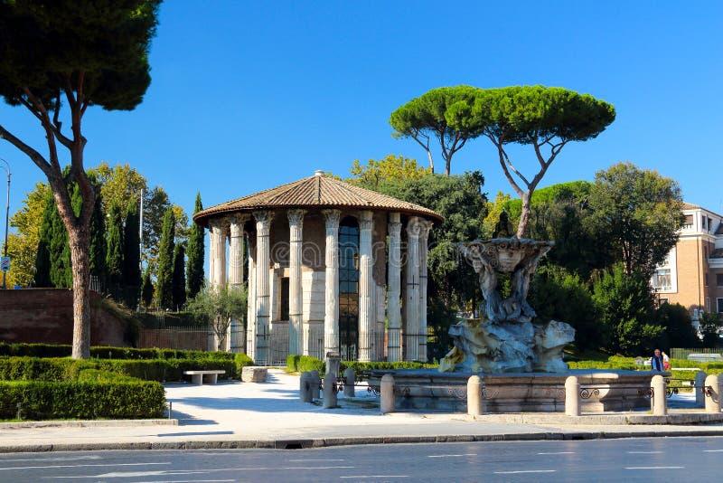 Temples du forum Boarium image stock