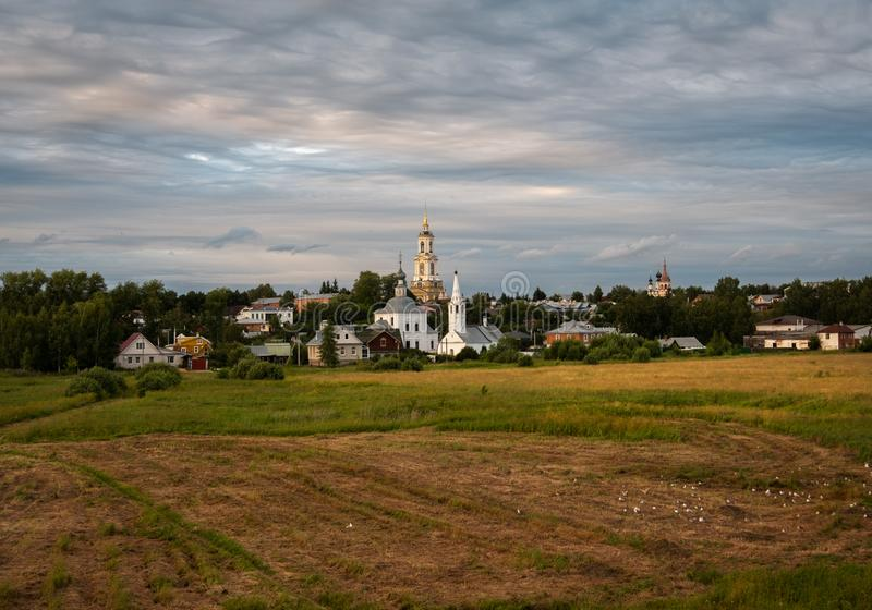 Temples and monasteries of the old city of Suzdal. The road to the temple. Suzdal. Vladimir region. Russian province. Temples and monasteries of the old city of stock photography