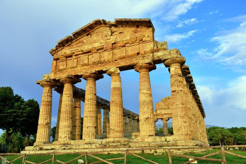 Templet av Athena Paestum Italy arkivbild