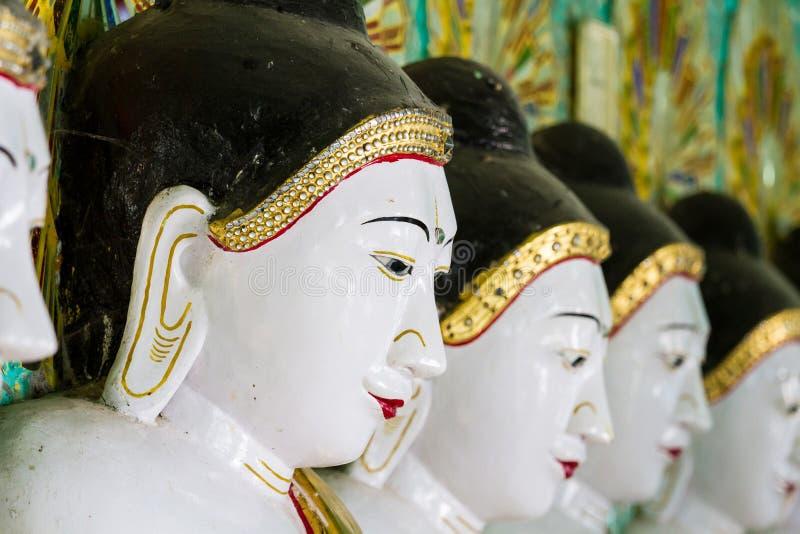 Templet av de 45 Buddha, Mandalay arkivbild