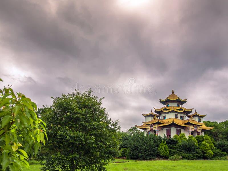 Download Templo budista imagen de archivo. Imagen de cuadrado - 64201249