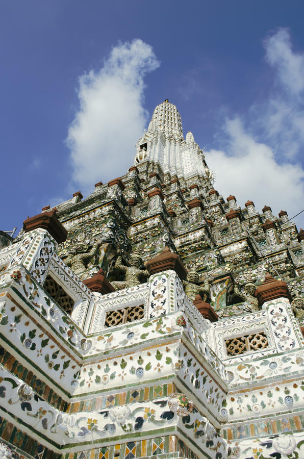Templo budista de Wat Arun em Bankok, Tailândia foto de stock
