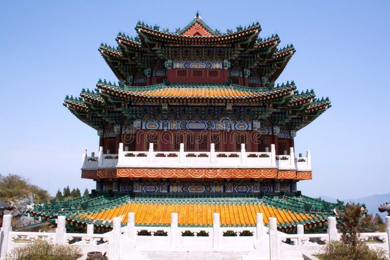 Templo budista en las montañas imagen de archivo libre de regalías