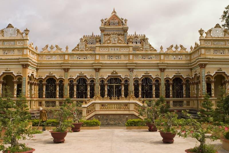 Templo budista en mi Pho fotografía de archivo