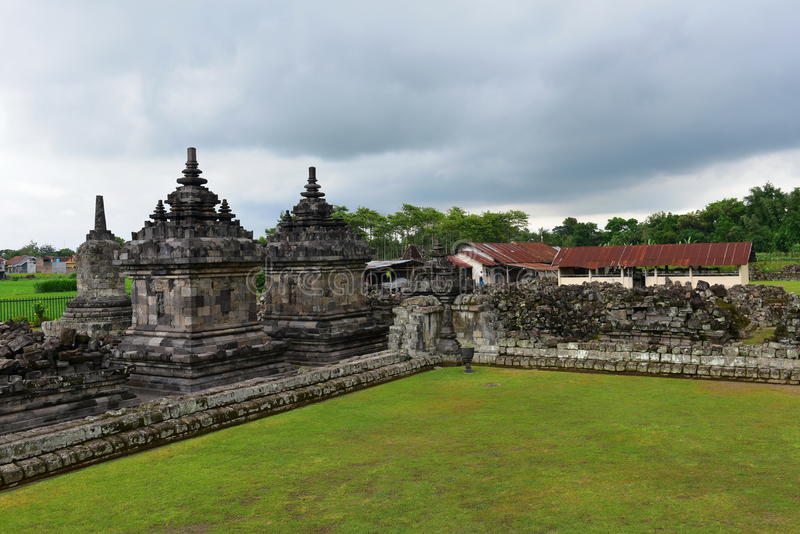 Templo budista histórico de Candi Plaosan imagen de archivo libre de regalías