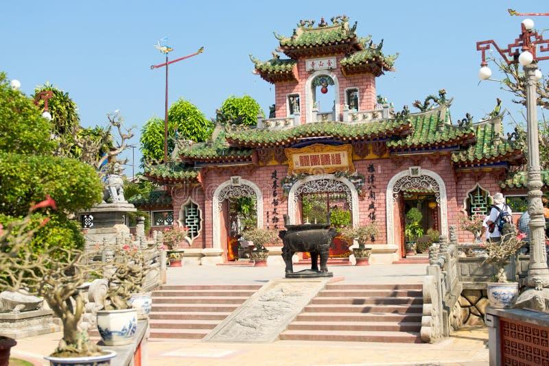 Download Templo chinês imagem de stock. Imagem de religioso, conjunto - 12803907