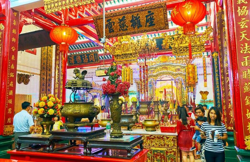 Templo chinês durante o festival de mola, Yangon, Myanmar foto de stock
