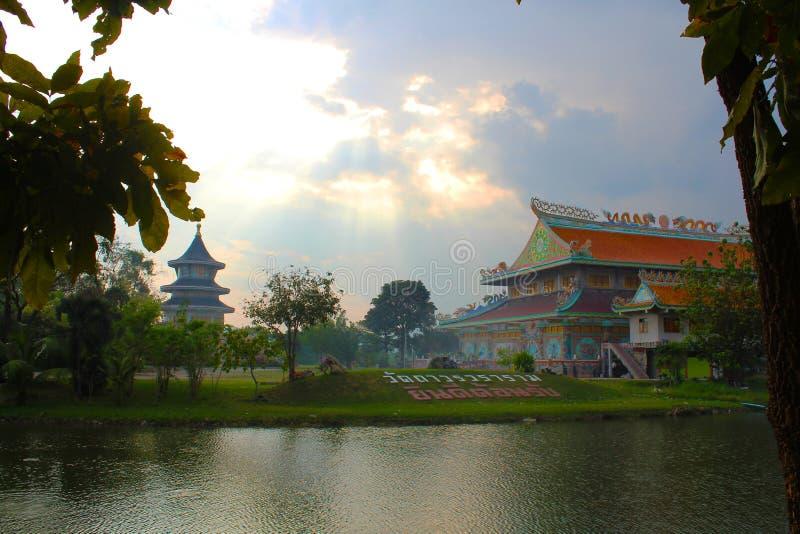 Templo chino en Petchaburi, Tailandia imagen de archivo libre de regalías