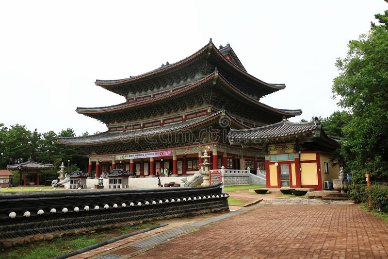 Templo coreano do budismo imagens de stock royalty free