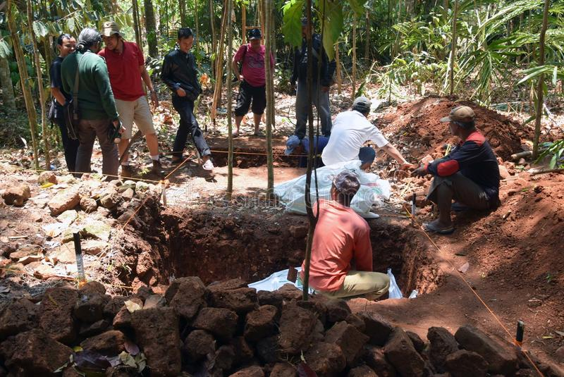 TEMPLO da escavação da CONSTRUÇÃO fotos de stock