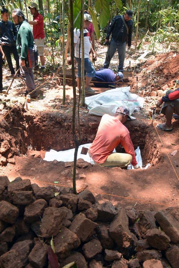 TEMPLO da escavação da CONSTRUÇÃO imagens de stock royalty free