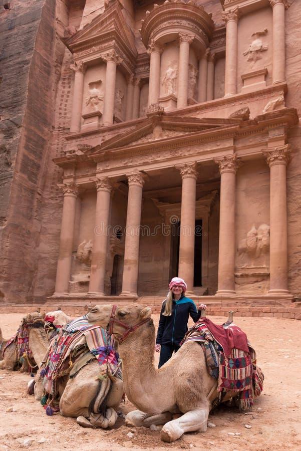 Templo de Al Khazneh en ciudad del Petra foto de archivo libre de regalías