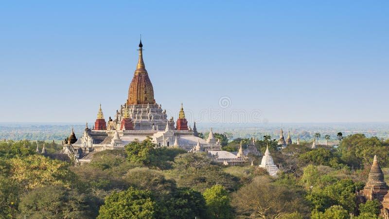 Templo de Ananda, Bagan foto de archivo